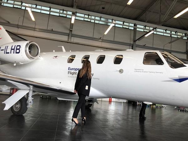 Airline Pilot: Another Management Career? - EM Strasbourg