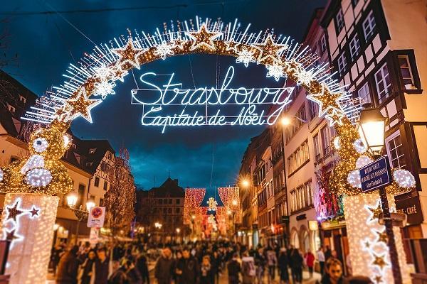 Expérience client : <c>Les enseignements du Marché de Noël de Strasbourg</c> - EM Strasbourg