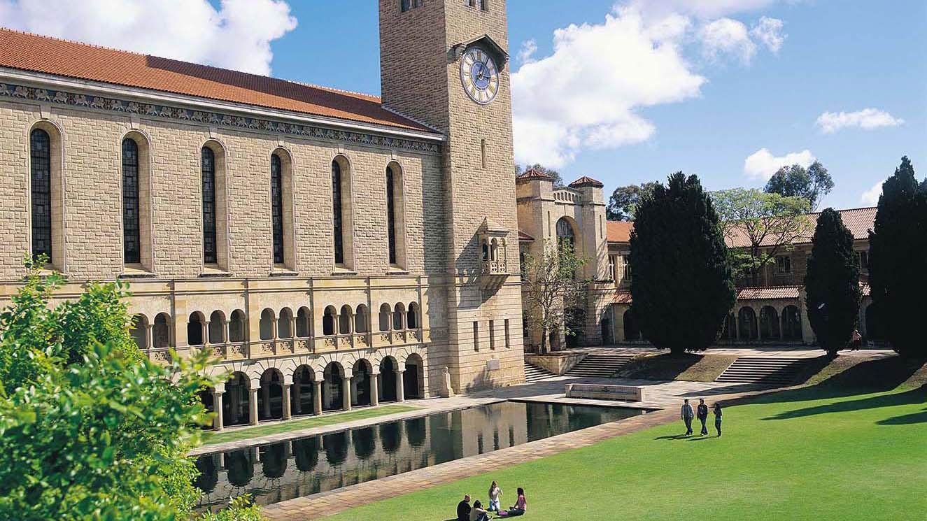 University Of Western Australia - EM Strasbourg