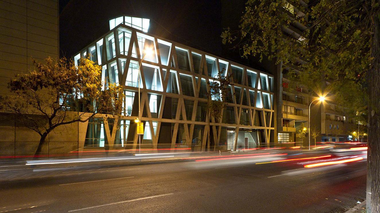 Universidad De Chile - Facultad Economica Y Negocios (fen) - EM Strasbourg