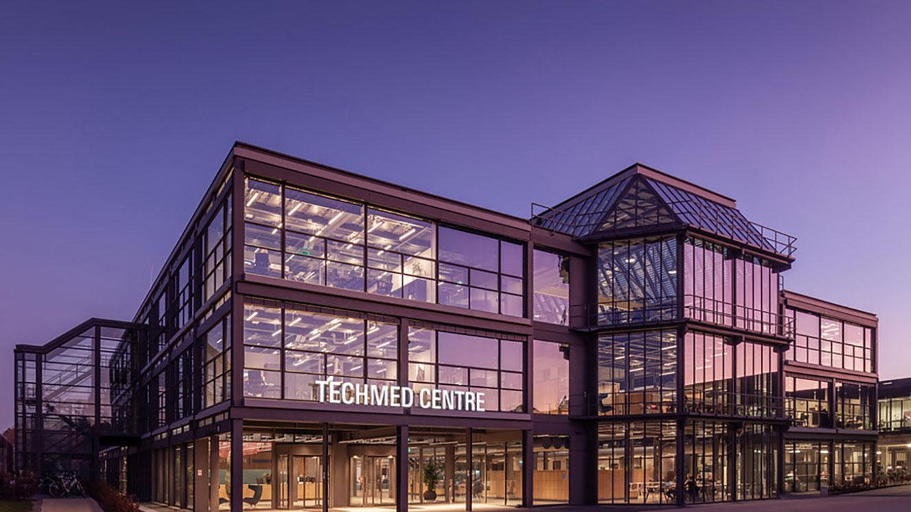 University Of Twente - EM Strasbourg