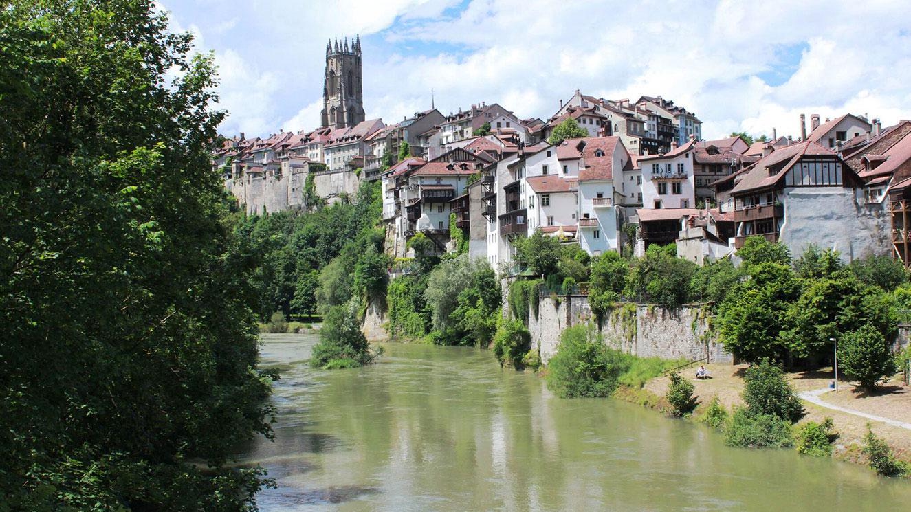 Universite De Fribourg - EM Strasbourg