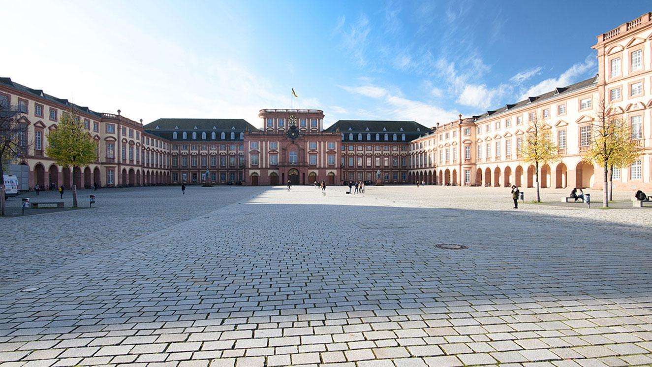 Universität Mannheim - EM Strasbourg