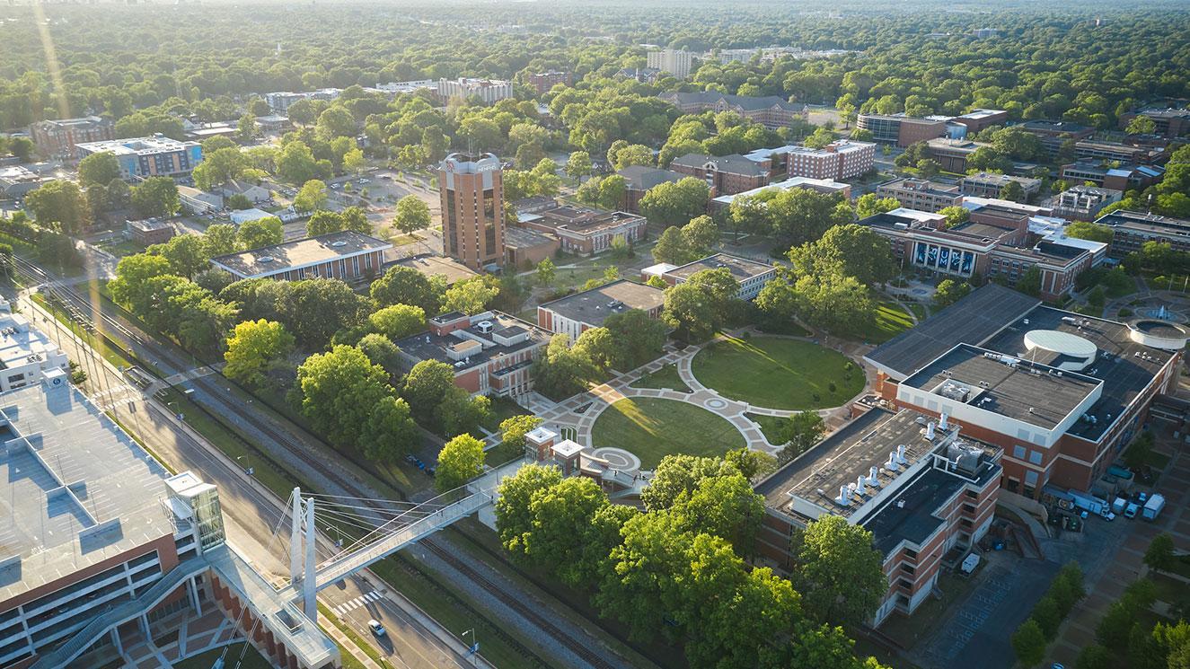 University Of Memphis - EM Strasbourg