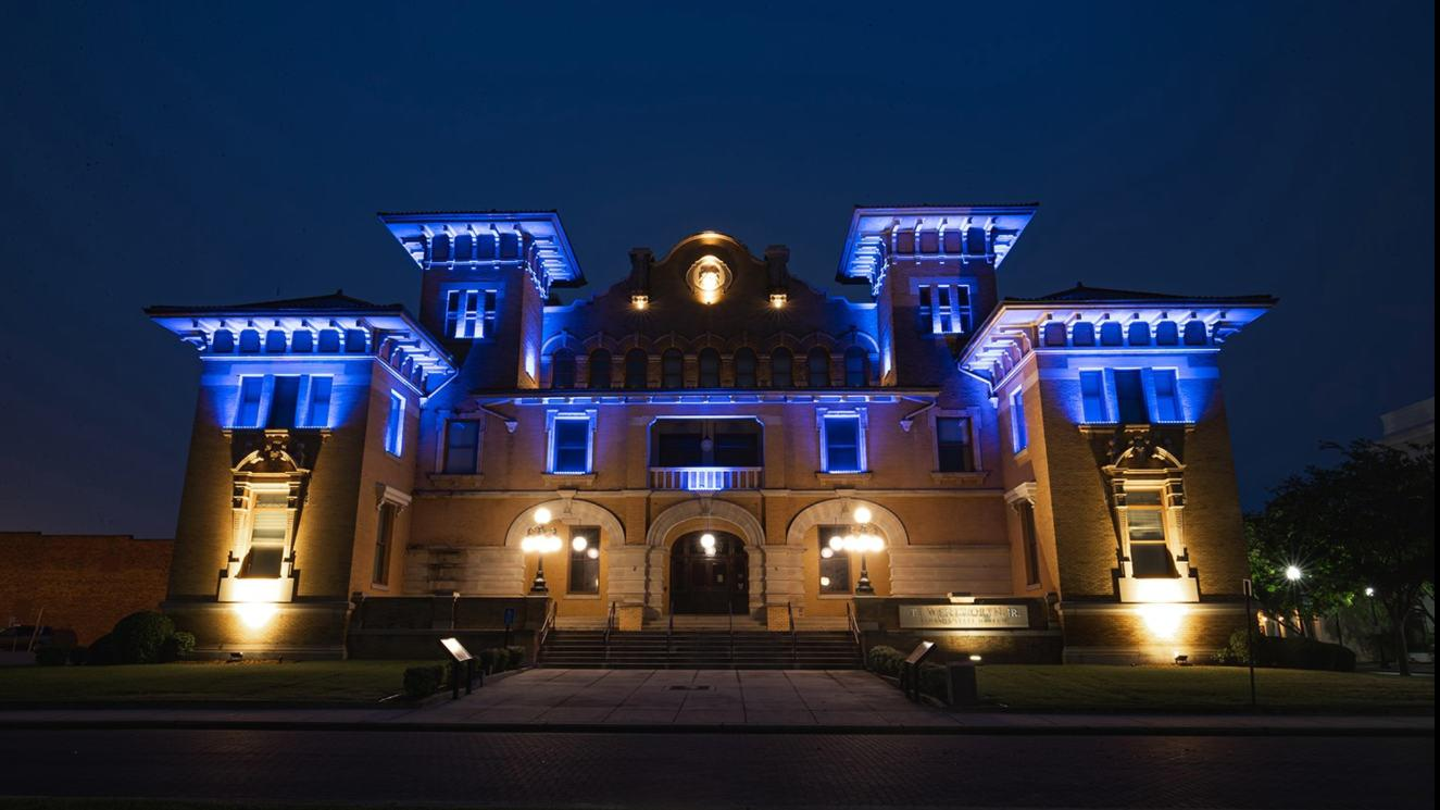 University Of West Florida - EM Strasbourg