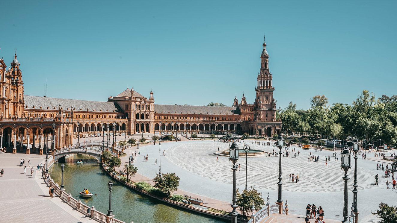 Universidad De Sevilla - EM Strasbourg