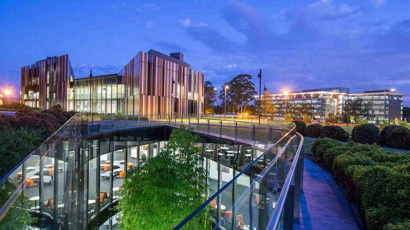 Macquarie University - EM Strasbourg